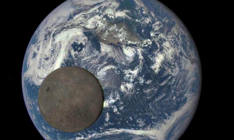 دراسة: كان الماء متواجد على الأرض قبل تشكُّل القمر