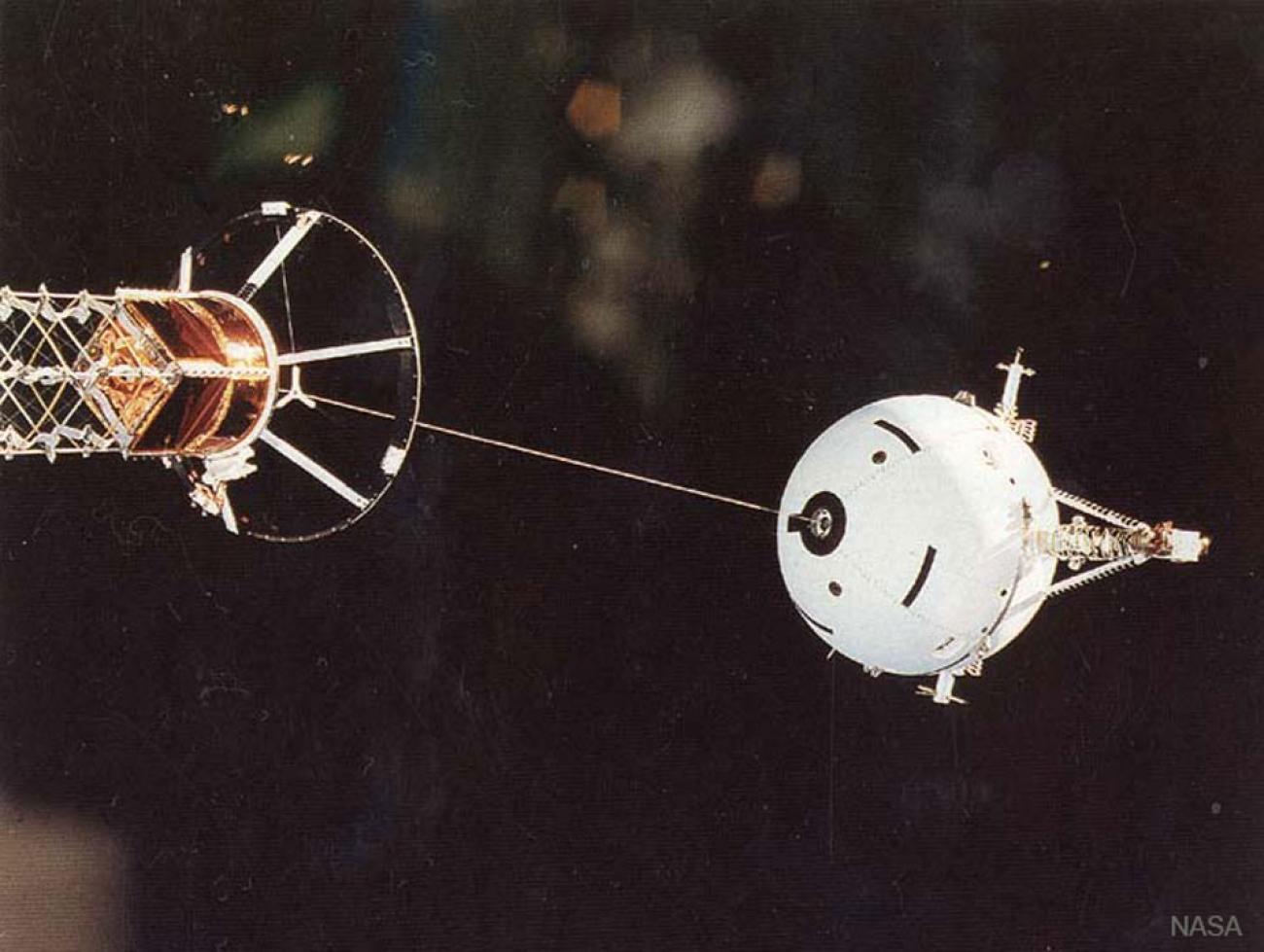 حبل في الفضاء