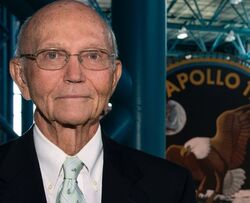 وفاة رائد الفضاء الأمريكي الشهير مايكل كولنز اليوم 28 أبريل عن عمرٍ يناهز 90 عاماً.