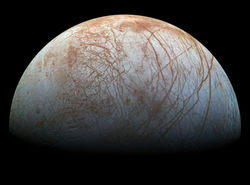 أفضل الأدلة حتى الآن على وجود اندفاعات مائية على قمر المشتري يوروبا