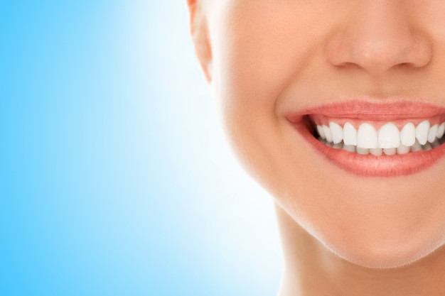 اثنتا عشرةَ نصيحةً للحفاظ على أسنانك