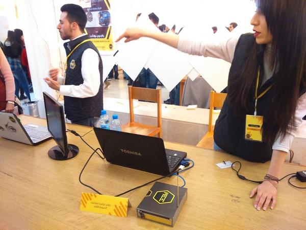 رفاه أحمد وبشار عروس فقد صمما نظاماً لمراقبة العلامات الحيوية للقلب بطريقة مميزة وسهلة وموفرة للوقت والجهد