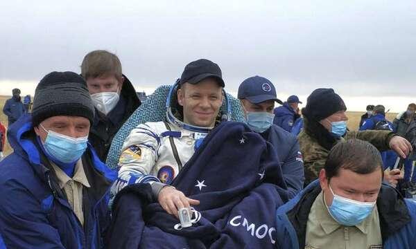 رائد الفضاء الروسي إيفان فاجنر. حقوق الصورة: Rosaviatsiya via AP