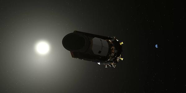 صورة تخيلية لتلسكوب كيبلر الفضائي التابع لوكالة ناسا، والذي نفذ منه الوقود. قام أعضاء فريق كبلر بإيقاف تشغيل التلسكوب في 15 نوفمبر/تشرين الثاني 2018. حقوق الصورة: NASA
