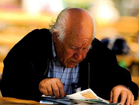 القراءة (تصوير: بيدرو سيموز Pedro Simoes)