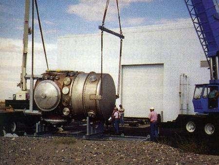 وصول خزانات التفريغ إلى هانفورد في أغسطس/آب 1997، حقوق الصورة: LIGO. Credit: LIGO.