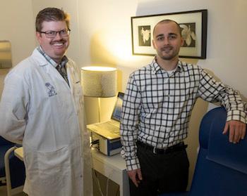 كريستوفر فاجوندس في اليسار، وكايل موردوك (حقوق الصورة: Jeff Fitlow)