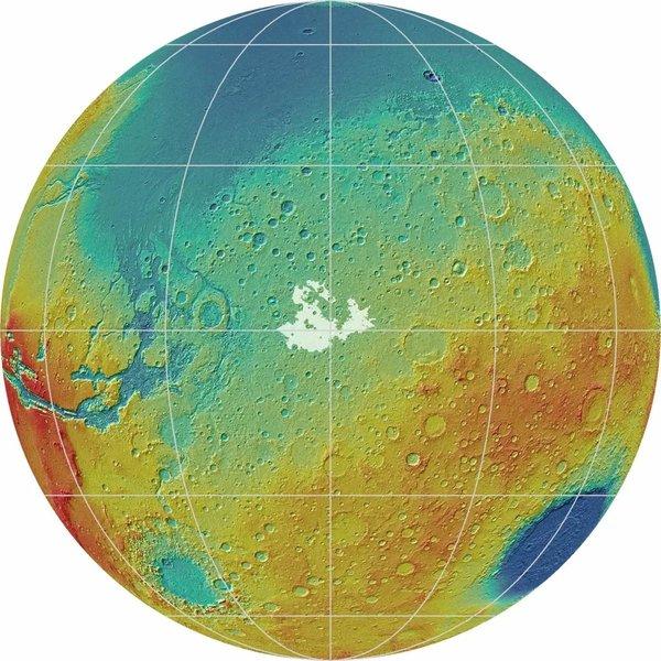 تقع منطقة مريدياني بلانوم Merdiani Planum المريخية، على طول خط استواء الكوكب، وتبلغ مساحتها 7700 متر مربع، تقريبًا نفس مساحة كارولاينا الجنوبية. وتظهر مكامن مريدياني بلانوم باللون الأبيض في هذه الصورة.   حقوق الصورة: NASA/JPL-Caltech/Smithsonian