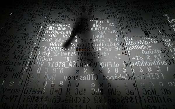 """ابتكر باحثو معهد MIT أول ذكاء اصطناعي سيكوباثي [1] يُدعى """"نورمان"""" Norman، صُمم ليشرح كيفية صنع الخوارزميات، ولجعل الناس على دراية بمخاطر الذكاء الاصطناعي المحتملة."""