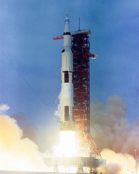 أنطلاق مهمة أبولو 10. حقوق الصورة: NASA