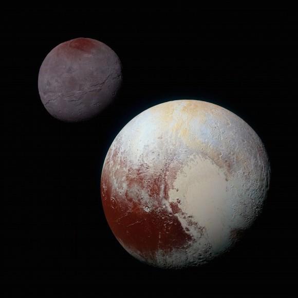 """التقييد المدِّي ليس نادراً. فعلى سبيل المثال، كوكب بلوتو والقمر """"شارون"""" مقيدان مدياً ببعضهما البعض، كما هو الحال مع الأرض والقمر."""