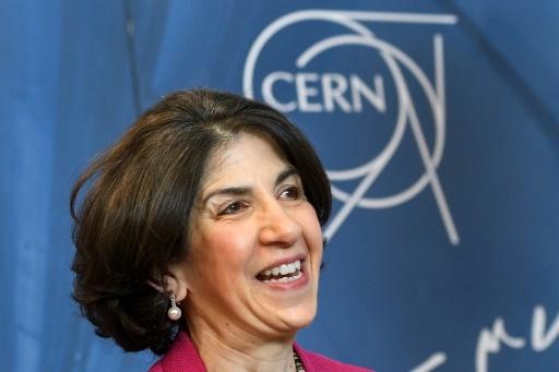 أشادت مديرة سيرن فابيولا جيانوتي Standard Model ببدء برنامج الترقية الطموح، واصفةً مسرع ليناك4 الجديد بالإنجاز الرائع.