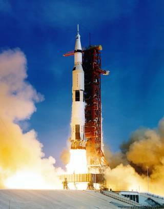 استخدم صاروخ Saturn V خلال مهمات أبولو للهبوط على القمر. حقوق الصورة: NASA