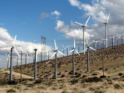 مزرعة رياح في كاليفورنيا California صورة مجاملة، GNU، المصور: Kit Conn