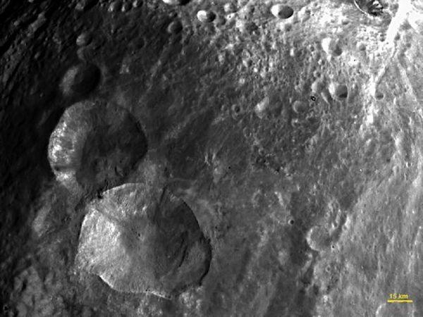 حقوق الصورة: NASA/JPL-Caltech/UCLA/MPS/DLR/IDA