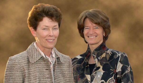 سالي رايد وتام أوشوغنيسي، اللتان استمرت علاقتهما لمدة 27 عاماً حتى وفاة سالي عام 2012. (حقوق الصورة الصورة: Vicki Fletcher courtesy of Tam O'Shaughnessy)