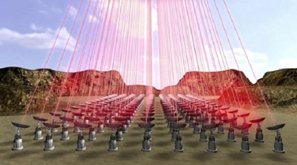 نرى في الصورة نموذجاً لمصفوفة ليزرية متوافقة الطور ستوضع ربما في صحراء تشيلي من أجل دفع أشرعة المركبة أثناء الرحلة.   المصدر: Breakthrough Initiatives