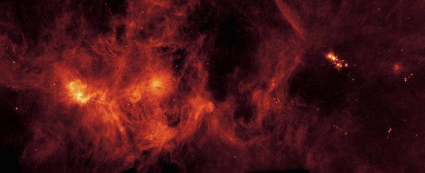 سحابة بيرسيس الجزيئية، وهي مجموعة من الغازات والغبار تمتد لأكثر من 500 سنة ضوئية، وتستضيف عدد كبير من النجوم اليافعة. حقوق الصورة: NASA/JPL-Caltech via AP