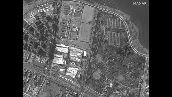 """لقطة شوهدت للمرفق الطبي المنبثق (حديث الإنشاء) """"لي شين شان"""" في مدينة ووهان في الصين وهو قيد الإنشاء، في 29 يناير/كانون الثاني 2020."""