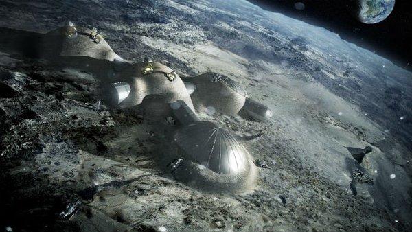 يظهر هذا المشهد صورة فنية لشكل المنشآت الأولي التي ستُبنى على سطح القمر، وذلك وفقاً للمخطط الذي وضعته وكالة الفضاء الاوروبية.  المصدر: ESA/Foster + Partners