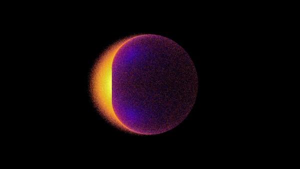 تظهر هذه الصورة إشارة أشعة غاما الناتجة في المحاكاة عن إبادة جسيمات المادة المظلمة. تشير الألوان الفاتحة إلى طاقات أعلى، حيث تكون أشعة غاما الأعلى طاقة، والمتولدة عن مركز المنطقة هلالية (الشكل على اليسار)، أقرب ما يكون لقطر الثقب الأسود وأفق الحدث. تتولد أشعة غاما ذات الفرصة الأكبر في الهروب في الجانب الذى يدور باتجاهنا من الثقب الأسود. هذا الانبعاث غير المتوازن هو خاصية نموذجية في الثقوب السوداء الدوارة.