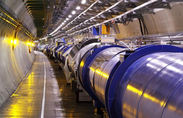 مصادم الهادورنات الكبير Credit: CERN