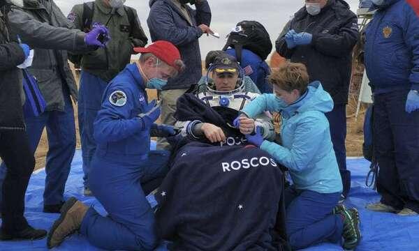 رائد الفضاء الأمريكي كريس كاسيدي. حقوق الصورة: Rosaviatsiya via AP