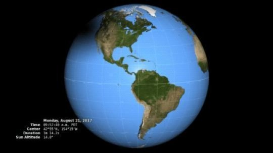 تلتقط كاميرا ديسكوفر (DSCOVR) للتصوير متعدد الألوان، وتُدعى اختصارًا بـ EPIC1- صورًا مشابهةً لهذه الصورة من نقطة لاغرانج 1 (Lagrange 1) التي تبعد 1609344 كم عن كوكب الأرض. حقوق الصورة: NASA/ Katy Mersmann