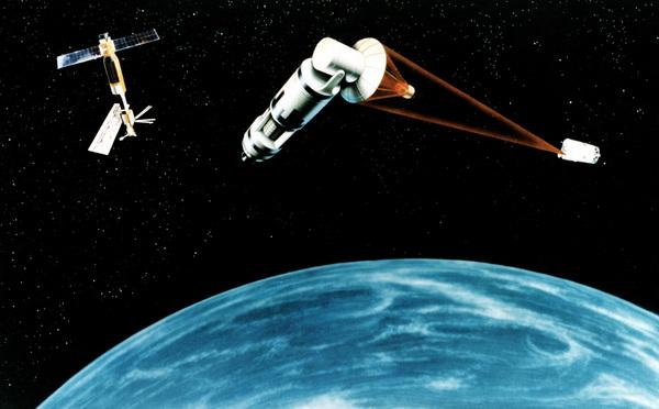 رسم تخيلي لنظام دفاع فضائي ليزري بالأقمار الصناعية. حقوق الصورة: USAF