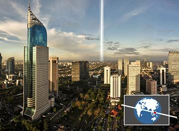 سوف ترى المدن القريبة من خط الاستواء، مثل جاكارتا، إندونيسيا الحلقة حول الأرض كخط مستقيم يعبر السماء مصدر الصورة: 2015 HOWSTUFFWORKS, A DIVISION OF INFOSPACE LLC