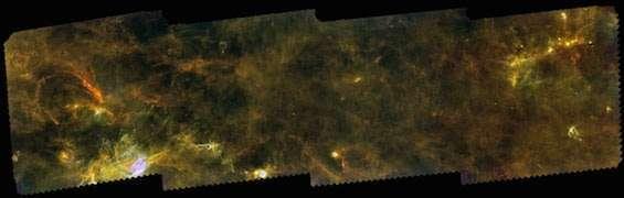 الخيوط في المناطق الخارجية لقرص المجرة. المصدر: ESA/Herschel/PACS, SPIRE/Hi-GAL Project/Schisano et al. 2014.
