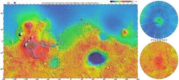 وفقا لما تظهره الخرائط الطوبوغرافية، ينخفض 40% من الجزء الشمالي لكوكب المريخ بمقدار 5 كم عن باقي سطح الكوكب. ومن المحتمل نشوء المعلم العملاق المعروف بحوض بورياليس عن اصطدام ضخم، والذي من المحتمل أنه قذف للأعلى حطامًا كافيًا لتشكيل العديد من الأقمار. المصدر: NASA / JPL / USGS.
