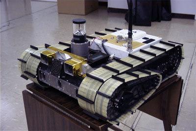 الروبوت URBIE الذي يقوم بالتحقق من المناطق التي قد تشكل خطرًا محتملًا على المحققين البشريين. / حقوق الصورة: NASA