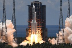 الصين تنجح بإطلاق مهمة تيانوين 1 إلى المريخ