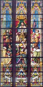 تشكل النوافذ الزجاجية المُزخرفة في العصور الوسطى مثالاً حول كيفية استخدام التقانة في الحقبة قبل العصريّة. المصدر: NanoBioNet