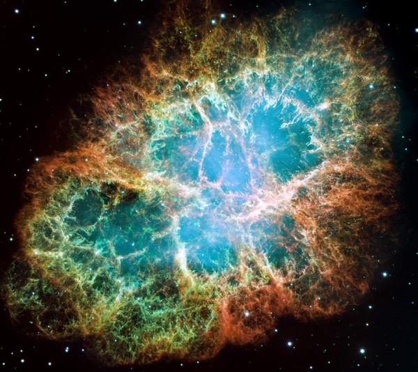 سديم السرطان، نواته نجم ميت منذ الأزل. حقوق الصورة: NASA, ESA, J. Hester and A. Loll (Arizona State University)
