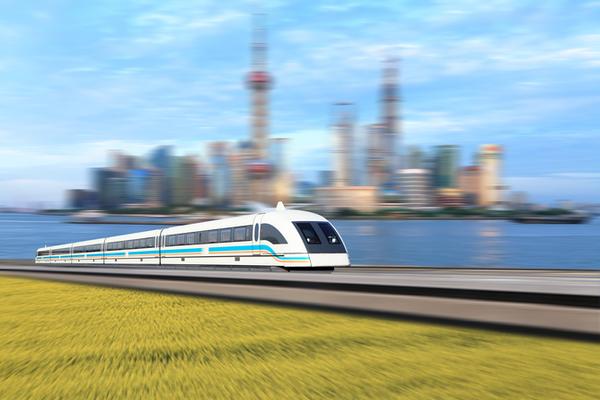 الحاجة إلى السرعة: تستخدم قطارات ماجليف MagLev في اليابان الموصلية الفائقة للسير بسرعات هائلة، Credit: Shutterstock