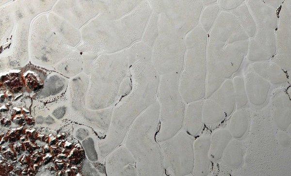 المعالم التي تُفصح عن أسرار بلوتو، المصدر : ناسا - نيو هورايزنز