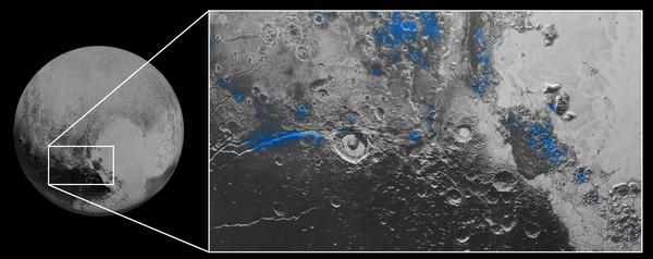 الماء الجليدي على بلوتو: تظهر مناطق مكشوفة من الماء الجليدي باللون الأزرق في هذه الصورة المركبة من أداة رالف على مركبة نيو هورايزنز، تجمع صوراً واضحة من الكاميرا متعددة الأطياف MVIC، مع مطياف الأشعة تحت الحمراء من مصفوفة إلتون الخطية للتصوير الطيفي LEISA. العلامات الواضحة جداً على وجود الماء الجليدي ظاهرة على طول فيرجل فوسا Virgil Fossa، إلى غرب فوهة إليوت Elliot crater في الجانب الأيسر من الصورة، وأيضاً في منطقة Viking Terra قرب أعلى الإطار. يحدث بروز كبير في منطقة باري مونت Baré Montes باتجاه يمين الصورة مع عدة بروزات صغيرة في الغالب مرتبطة بفوهات الارتداد والوديان بين الجبال. تبلغ مساحة المشهد حوالي 280 ميلاً (450 كيلومتراً). جميع ميزات السطح تمتلك أسماءَ غير رسمية.