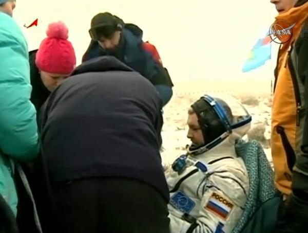 مع نهاية هذه المهمة، يكون مهندس الطيران ألكسندر شاموكوتييف (Alexander Samokutyaev ) قد قضى 331 يومًا في الفضاء. Credits: NASA