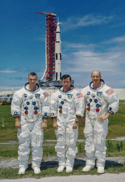أفراد طاقم أبولو 10 (من اليسار إلى اليمين): سيرنان، يونغ، ستافورد. حقوق الصورة: NASA