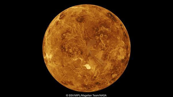 بدون الصفائح التكتونية، يمكن تصبح الأرض عالماً ساخناً وقاسياً مثل الزهرة.