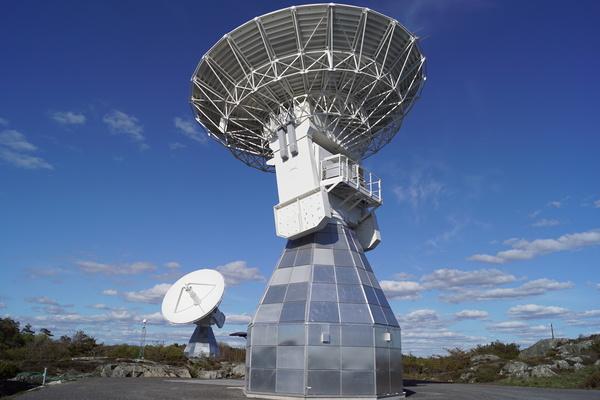 التلسكوبان التوأم.