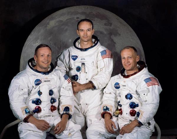 أفراد طاقم أبولو 11 (من اليسار إلى اليمين): أرميسترونغ، كولينز، ألدرين. حقوق الصورة: ناسا
