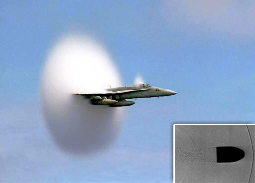"""الطلقة مع صورة طائرة """"F-18"""""""