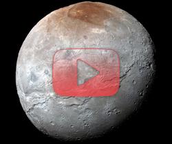 التحليق فوق شارون، القمر الأكبر لكوكب بلوتو