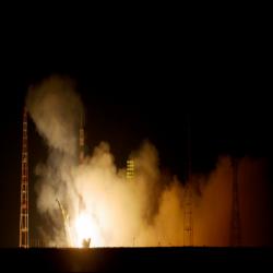 طاقم بعثة جديد يبدأ رحلته إلى محطة الفضاء الدولية