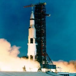 أبولو 11 -- Apollo11